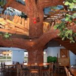 Treehouse inside of Georgie Porgie