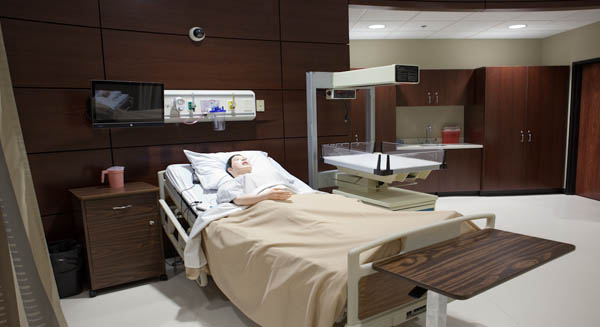 Simulation lab with patient close up