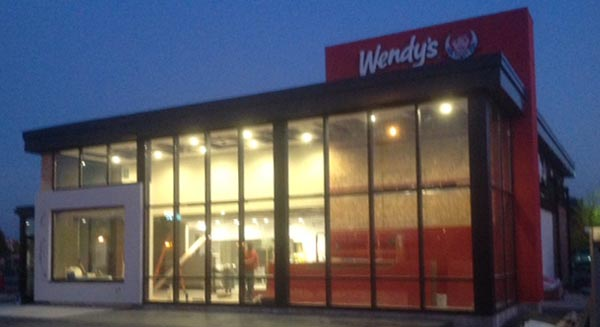 Wendys Exterior night 600×327-Slideshow