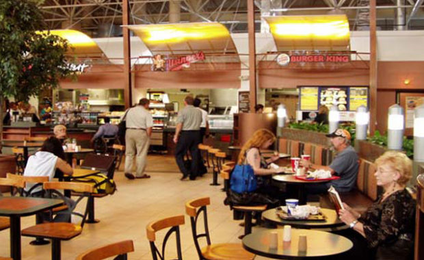 Restaurants in General Mitchell airport