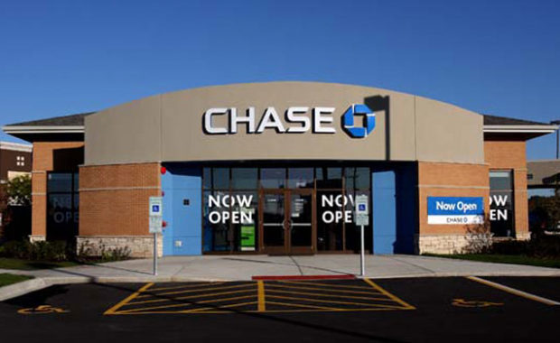 Exterior of Chase bank showing entrance