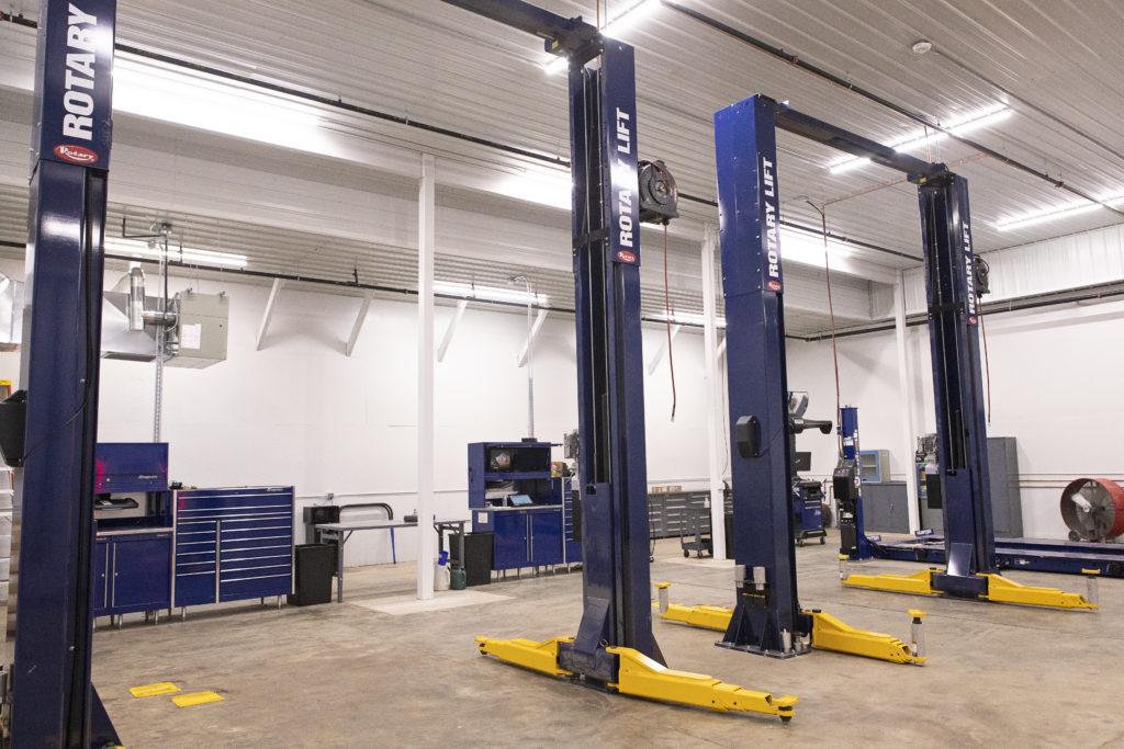 Mercedes-Benz of Milwaukee North Service Department ...