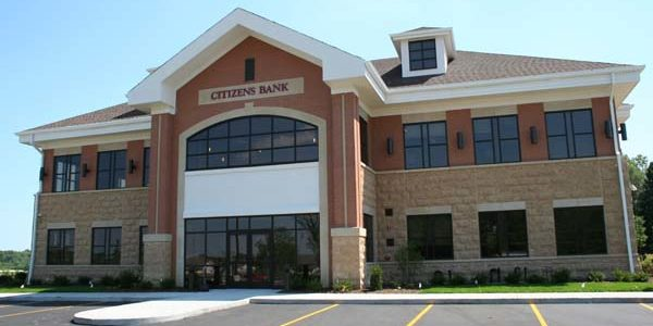 Citizens Bank front exterior